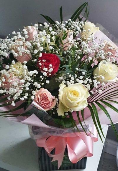 Dozen Roses in Mixed Colours